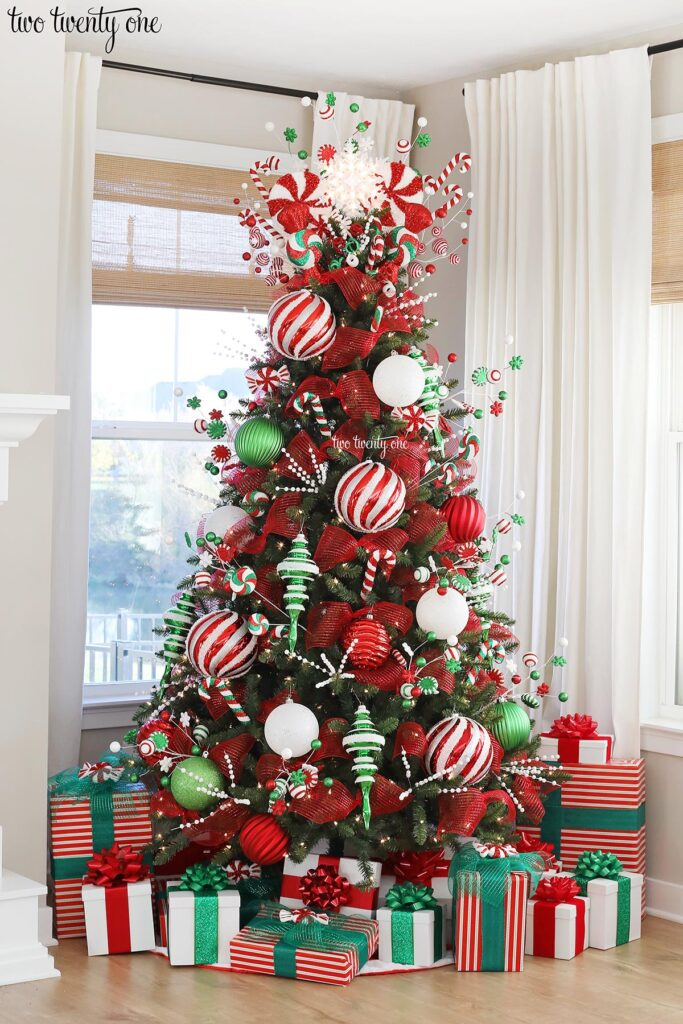 Red Green And White Christmas Tree Decorations Novocom Top